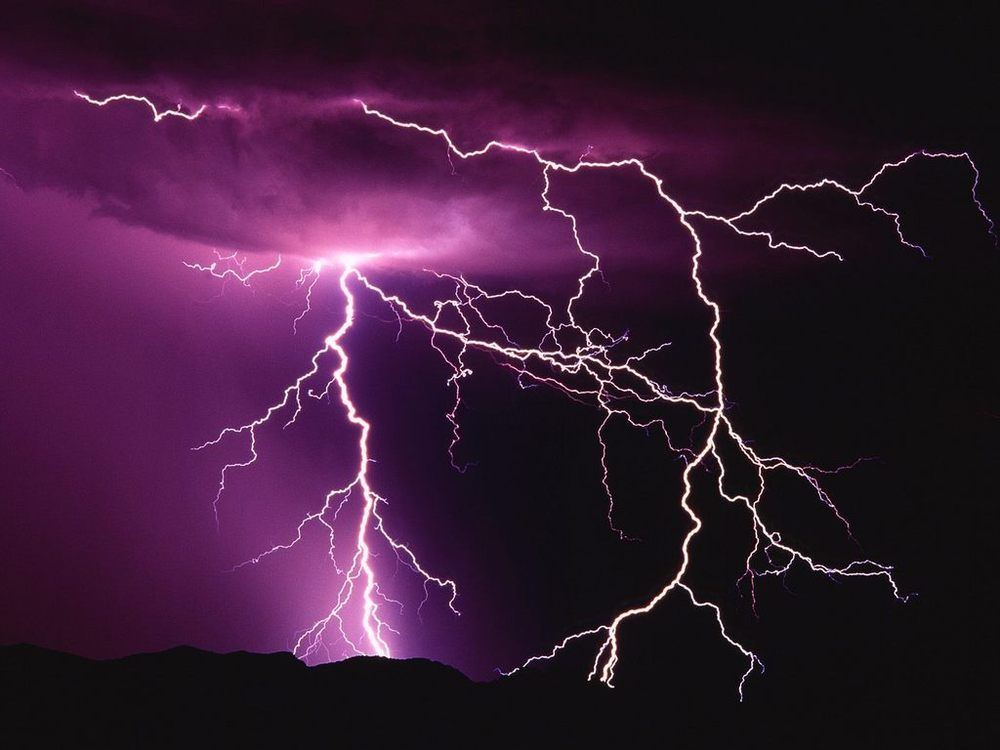 1367403834_night-thunder-storm-lightning.jpg