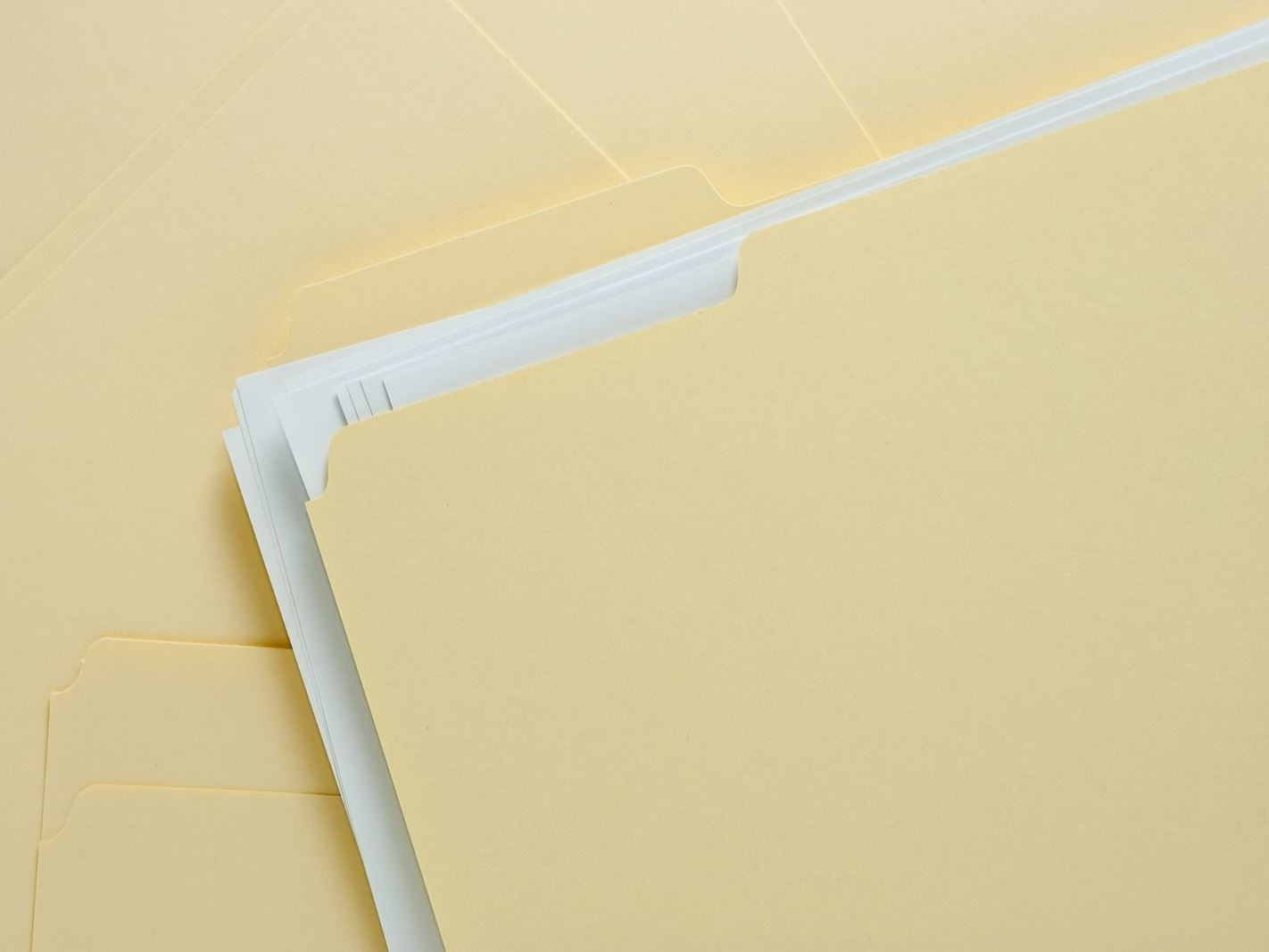 bigstock-File-Folder-With-Paper-On-Mess-6594336